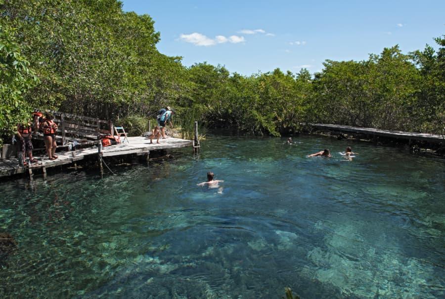 mexicofinder cenote Yalahau holbox