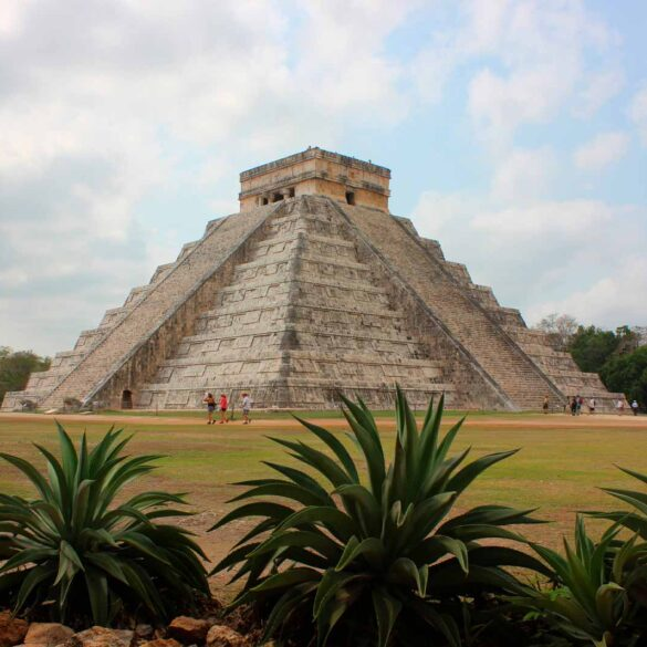 mexicofinder-travel-merida-chichen-itza