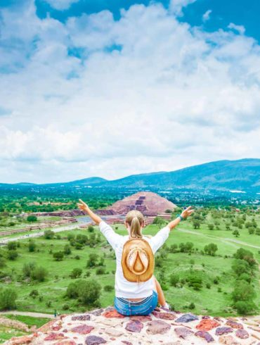 mexicofinder-travel-mexico-city-discover-teotihuacan-pyramids