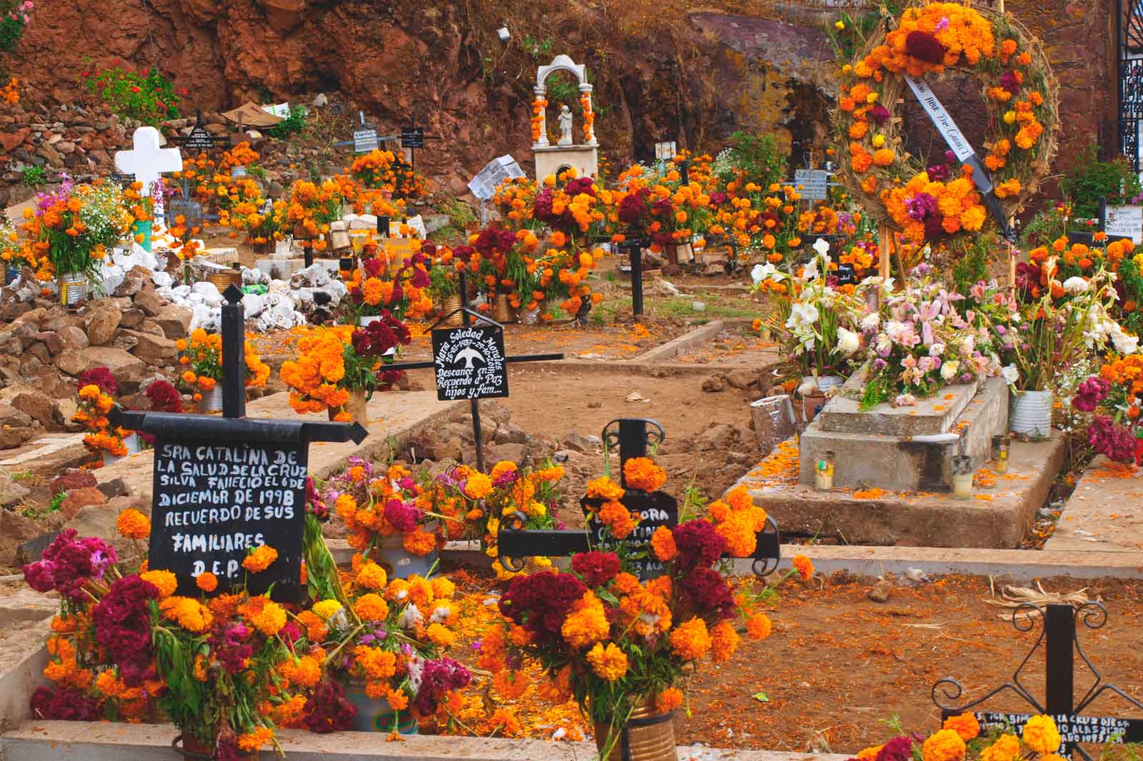 mexicofinder-travel-reasons-to-visit-michoacan-day-of-the-dead-patzcuaro