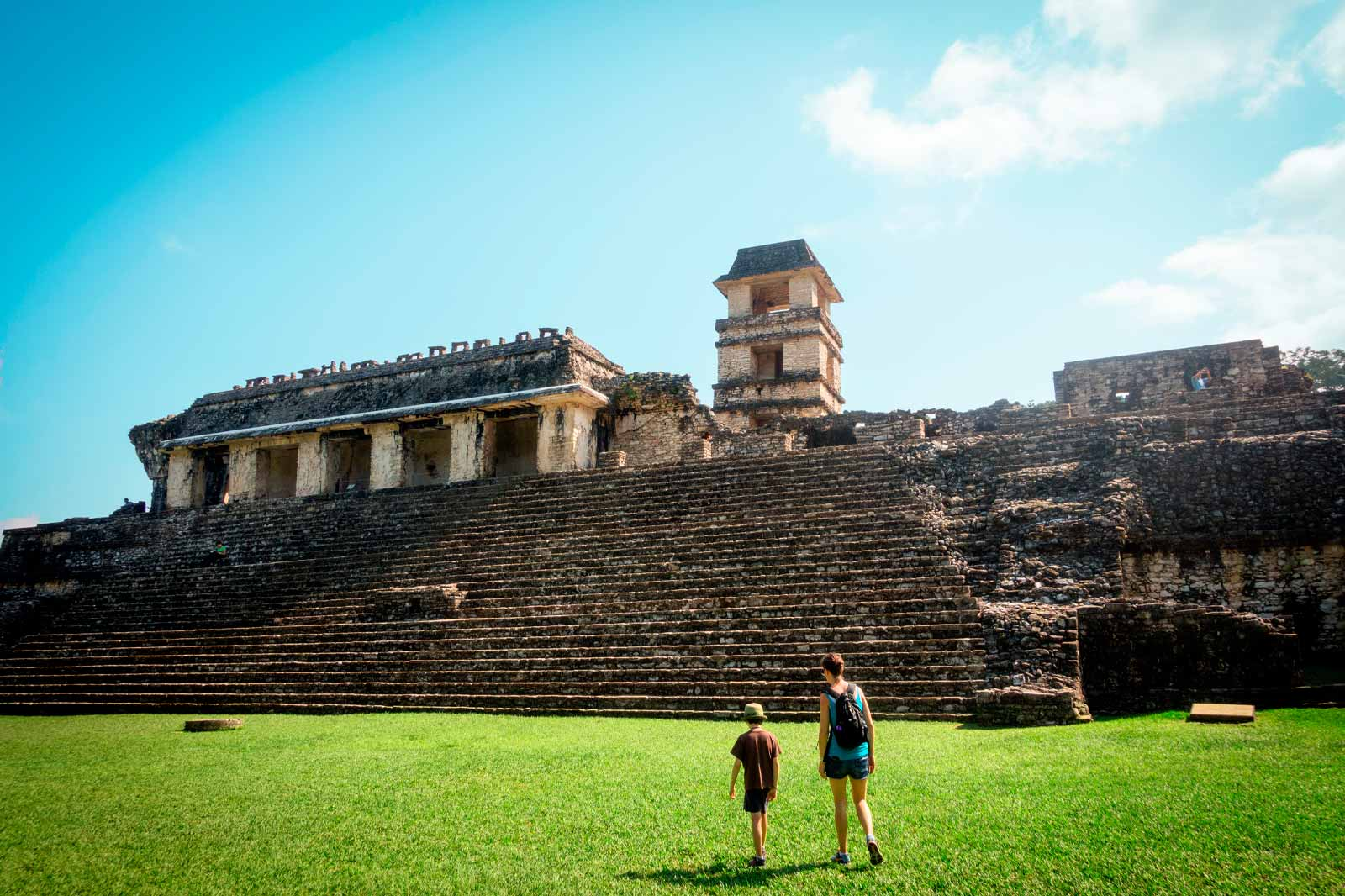 mexicofinder-travel-mexico-chiapa-palenque-living-history