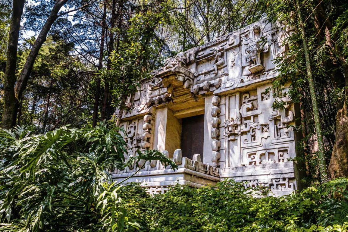 mexicofinder-travel-mexico-city-national-museum-anthropology